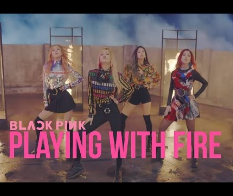 top 10 BLACKPINK PLAYIN WITH FIRE