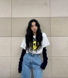 Jisoo outfit